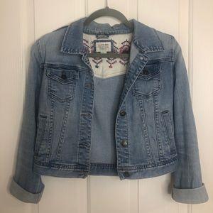 Jackets & Blazers - 🎉 Medium-wash Jean Jacket
